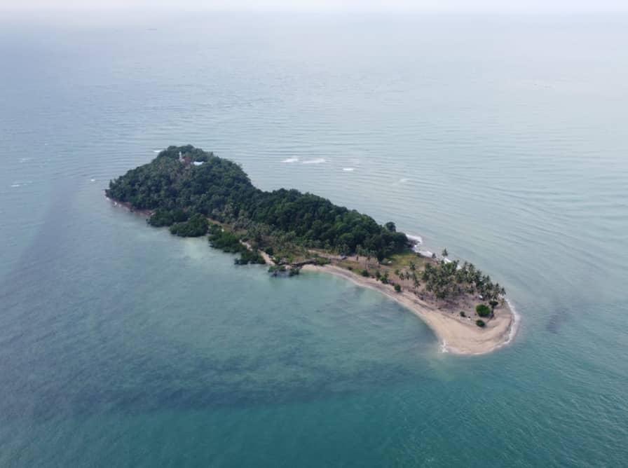Pulau Anak Karas